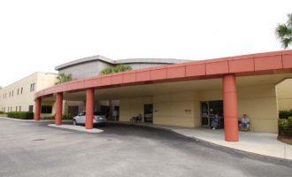 HealthCenterOf Bonita Springs_Exterior Porticopg